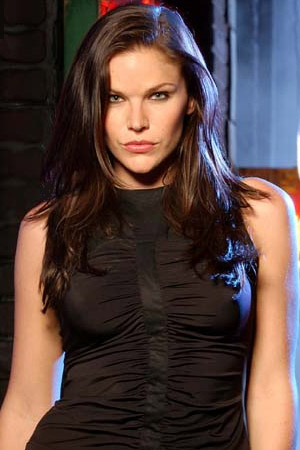 Lexa Pierce (Karen Cliche) on Mutant X