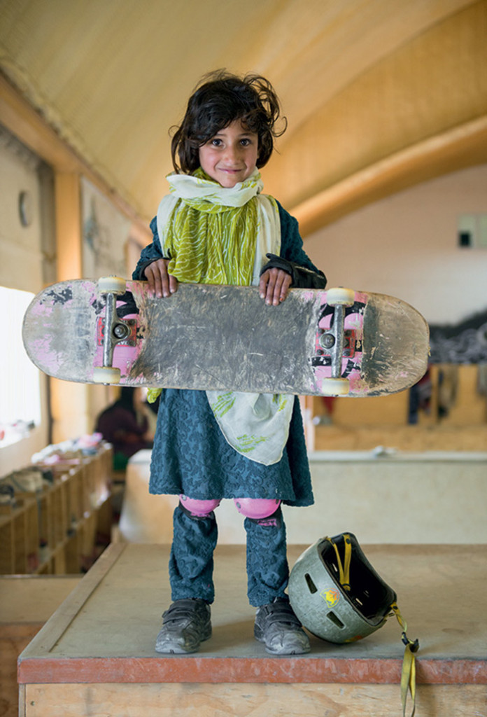 A young skateboarder in Kabul. Photo © Jessica Fulford-Dobson (via Colossal